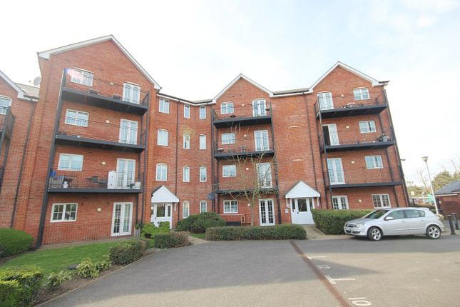Thumbnail Flat for sale in Braintree Road, Witham