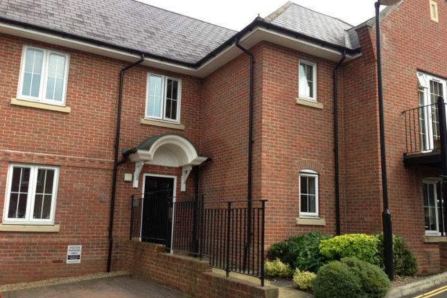 Thumbnail Flat To Rent In Mallard Place High Wycombe