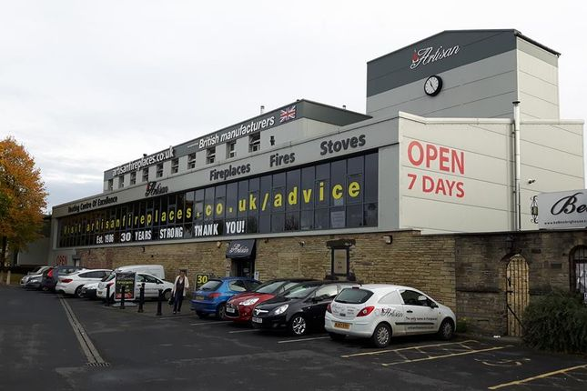 Thumbnail Retail premises to let in Huddersfield Road, Phoenix Street, Brighouse, West Yorkshire