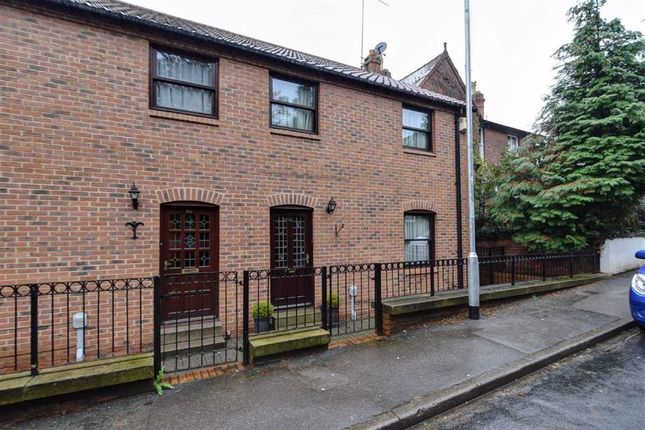 Thumbnail Terraced house to rent in Main Street, Willerby