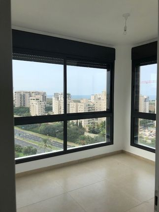 Thumbnail Apartment for sale in Avshalom Haviv, Tel Aviv, Avshalom Haviv, Tel Aviv, Israel