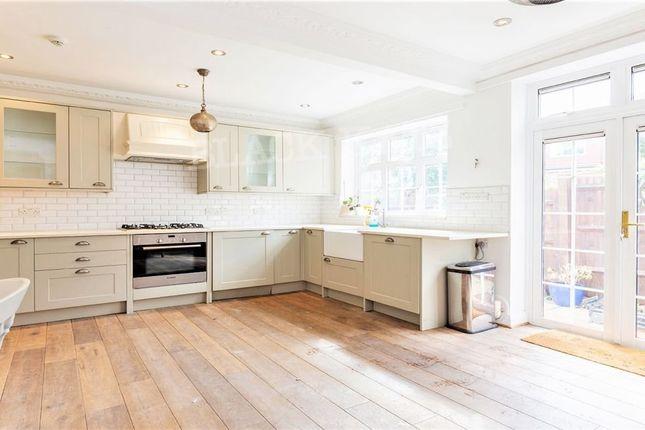 Thumbnail Flat to rent in Little Ealing Lane, London