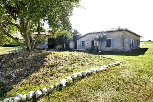3 bed property for sale in Berneuil, Poitou-Charentes, France