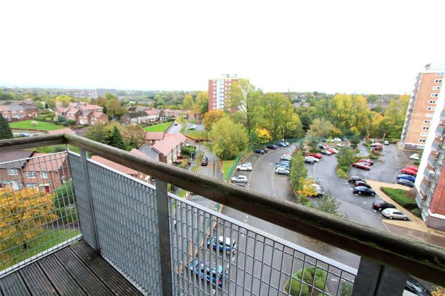 Picture No. 05 of Lakeside Rise, Blackley, Manchester M9