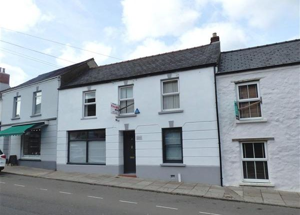 4 bed terraced house for sale in Bank Row, Dew Street, Haverfordwest