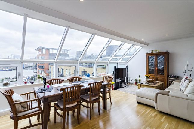 Thumbnail Flat for sale in Providence Square, London