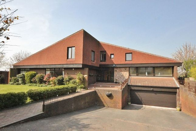 6 bedroom detached house for sale in Mere Lane, Heswall, Wirral