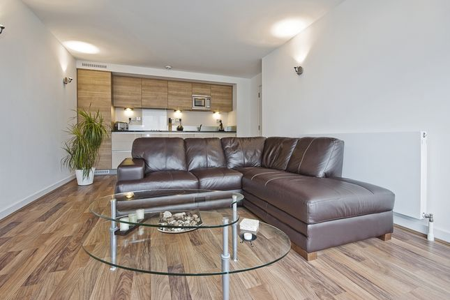 Thumbnail Flat for sale in New York Road, Leeds