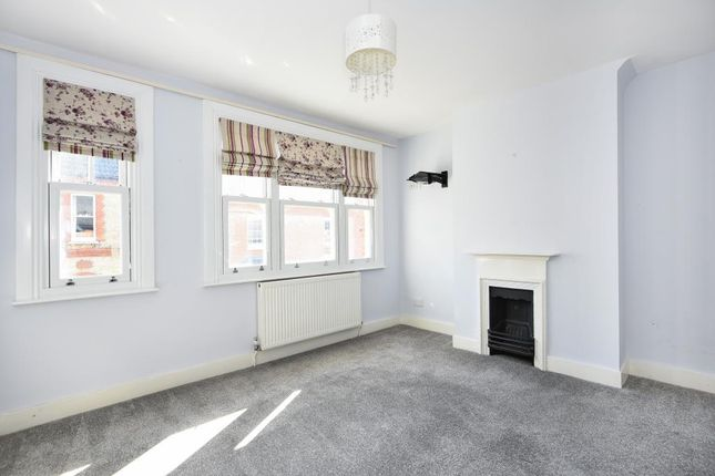 Reception Room of Rippon Street, Aylesbury HP20