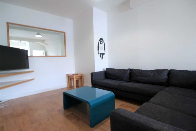 Thumbnail Property to rent in Marina Terrace, Mutley, Plymouth