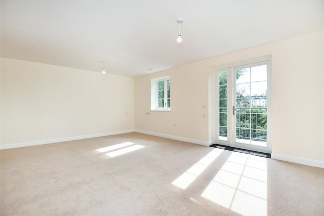 Thumbnail Flat for sale in Lambrook Court, Gloucester Road, Bath