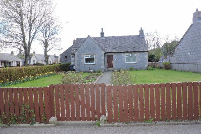Thumbnail Bungalow to rent in St Andrews Gardens, Inverurie, Aberdeenshire