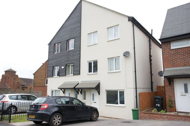 Thumbnail Semi-detached house for sale in Foundry Mill Street, Leeds