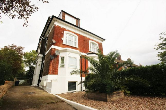 1 bed flat for sale in Friern Park, North Finchley N12