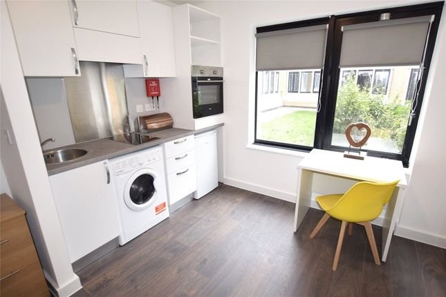 Studio to rent in Imperial Apartments, Bristol BS14