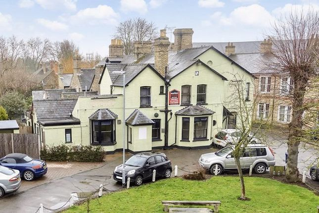Thumbnail Property for sale in Ouse Walk, Huntingdon