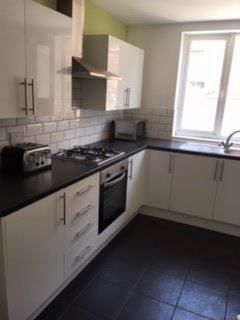 Shared accommodation to rent in Hannan Road, Liverpool, Merseyside