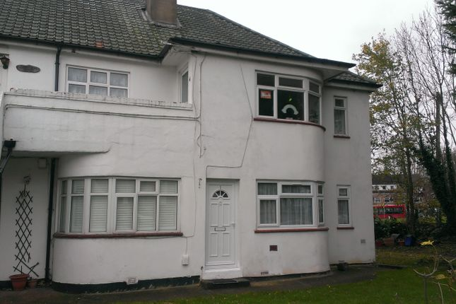 Thumbnail Maisonette to rent in Abercorn Road, Mill Hill