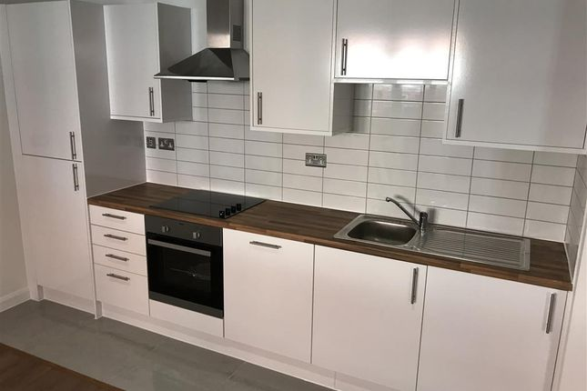 Flat to rent in Alcester Street, Redditch