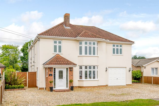 Thumbnail Detached house for sale in Monkhams Drive, Watton, Thetford