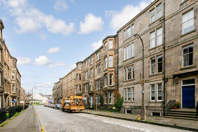 Thumbnail Flat for sale in Leslie Place, Edinburgh