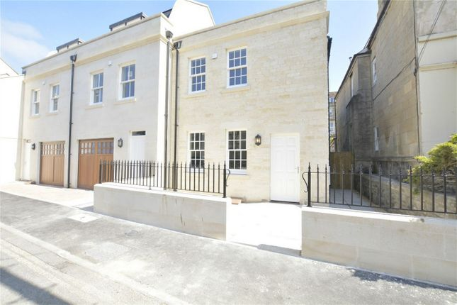 Thumbnail End terrace house to rent in James Street West, Bath