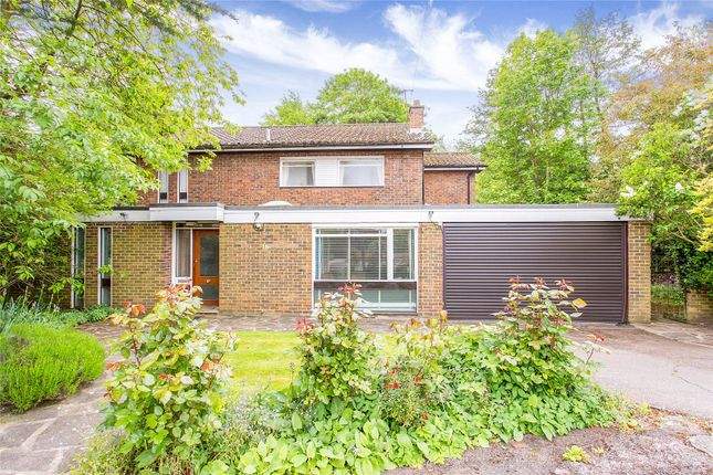 Thumbnail Detached house for sale in Dearne Close, Stanmore, Middlesex