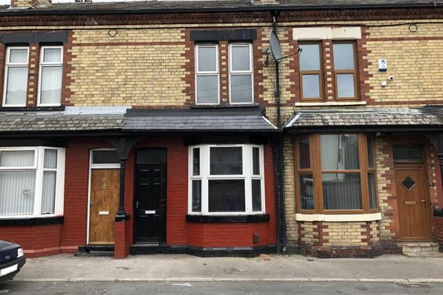 3 bed terraced house to rent in Stanley Avenue, Leeds
