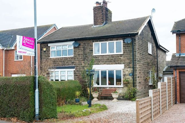 2 bed property for sale in Moss Lane, Bickerstaffe, Ormskirk