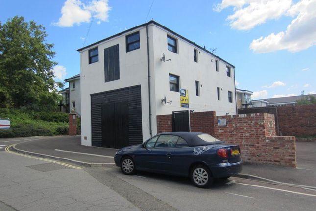 Thumbnail Flat to rent in Drayton Lane, Drayton, Portsmouth