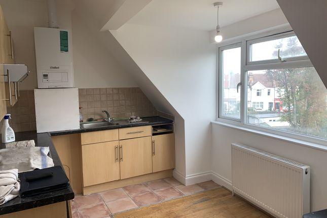 1 bed flat to rent in Welldon Crescent, Harrow-On-The-Hill, Harrow HA1