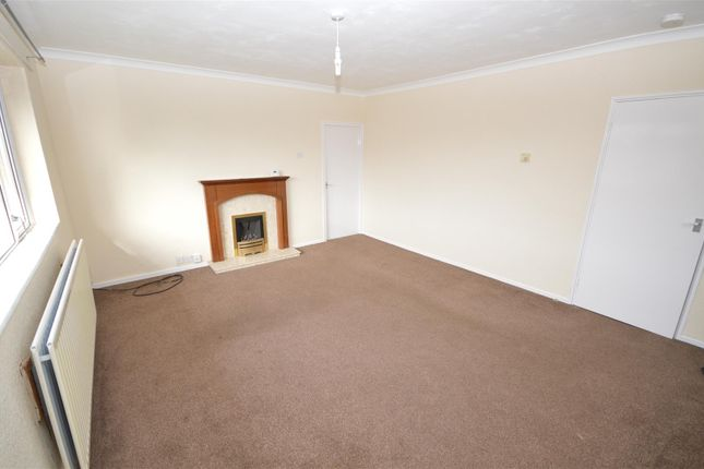 Lounge of Gregory Hood Road, Stvechale, Coventry CV3