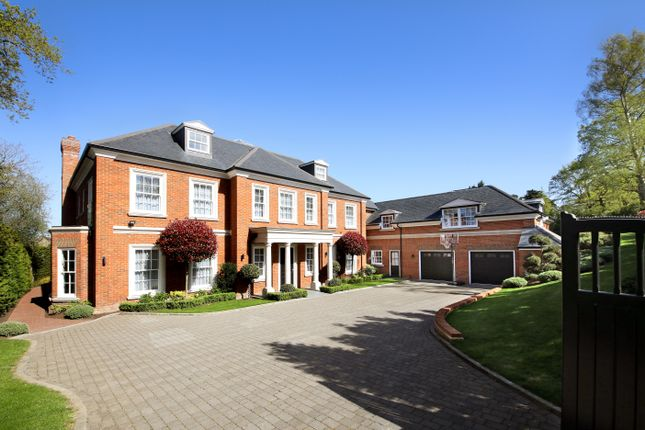 Thumbnail Detached house for sale in Fishers Wood, Sunningdale, Berkshire