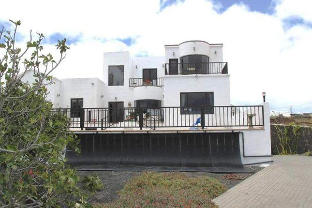 Thumbnail Villa for sale in 35508 Costa Teguise, Las Palmas, Spain