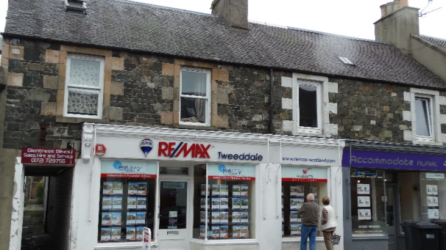 Thumbnail Flat to rent in Northgate, Peebles, 8Rs