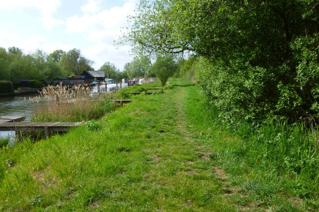 Land For Sale In Mooring Plot 18 Beccles Norfolk Bank