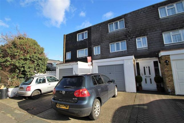 Thumbnail Town house to rent in Greatfields Drive, Uxbridge, Middlesex