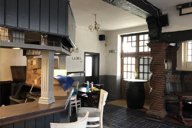 Thumbnail Pub/bar to let in 155 Gander Green Lane, Sutton, Surrey