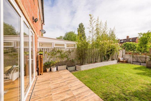 Garden of The Villas, Rutherway, Oxford, Oxfordshire OX2