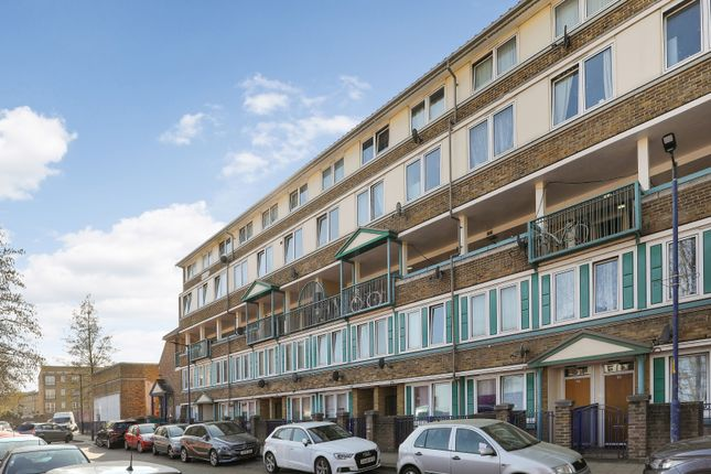 Thumbnail Flat for sale in East Surrey Grove, London