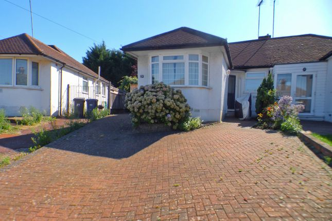 Bungalow for sale in Derwent Avenue, East Barnet, Barnet