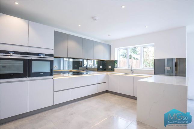 Thumbnail Detached house for sale in Tretawn Gardens, Mill Hill, London