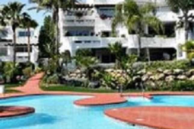 3 bed apartment for sale in Puerto Banus, Costa Del Sol, Andalusia, Spain