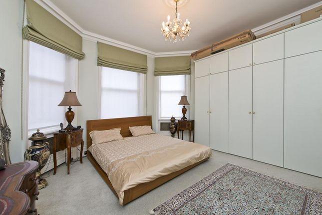 Bedroom of Zetland House, Marloes Road, Kensington, London W8