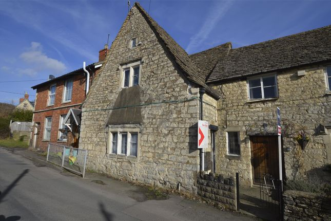Thumbnail Cottage for sale in Foxmoor Lane, Ebley, Gloucestershire