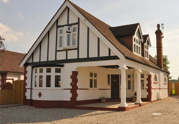 Thumbnail Detached house for sale in Oakroyd Avenue, Potters Bar