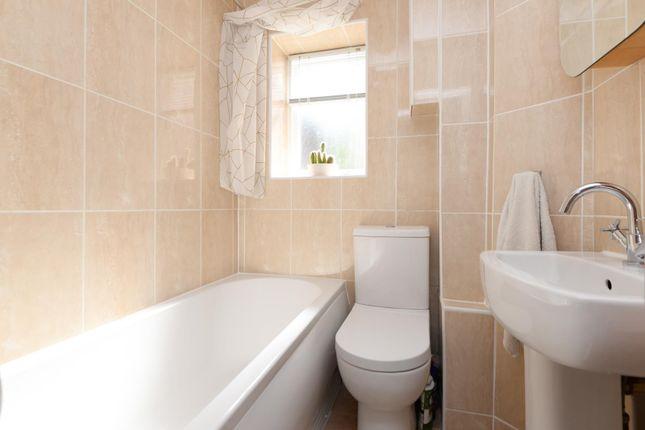 Bathroom of North Street, Ashford TN24