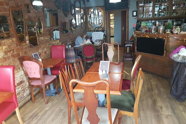 Restaurant/cafe for sale in Cafe & Sandwich Bars HU5, East Yorkshire