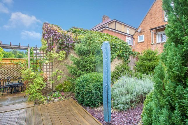 Thumbnail Bungalow for sale in Whitelands Road, High Wycombe, Bucks