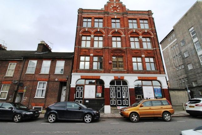 Thumbnail Studio to rent in Guildford Street, Luton
